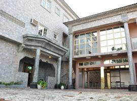 Oduah Hotel & Suites, Ughotor (Okpe附近)