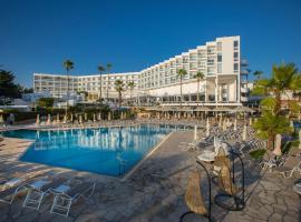 莱昂纳多广场塞浦路斯马里斯海滩酒店及Spa