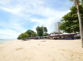 D.D.海滩旅馆