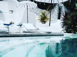 格拉维提旅馆