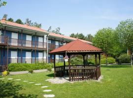 施华德豪斯威斯玛酒店,位于维斯马的酒店