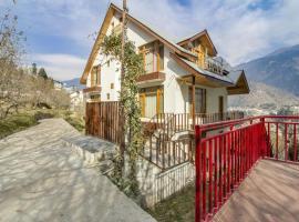 2-BR hillside cottage, by GuestHouser