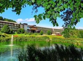 达桑临驰 - 洛泊多夫温泉酒店,位于菲尔斯滕费尔德附近洛伊佩尔斯多夫的酒店