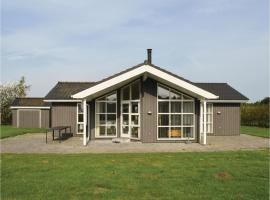 Four-Bedroom Holiday Home in Hadsund