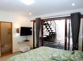金巴兰巴厘岛舒适三卧室泳池别墅