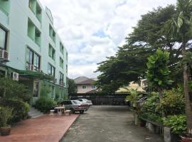 禅木安酒店