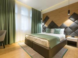 加尔尼首都酒店