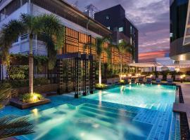 曼谷素坤逸11纸牌屋酒店
