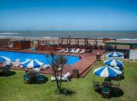 Hotel Tejas Rojas