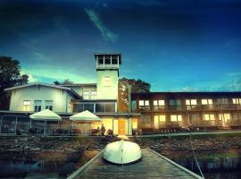 普罗蒙那迪波罗的海酒店, 哈普萨卢