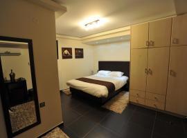 迪卢索之家酒店