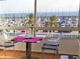 Cristina Port & Beach - Apartment