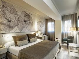 佩雷四世萨勒酒店