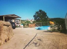 Casa Con Piscina Y Vista Al Lago