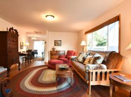 Casa Silverado 3 Bedroom Duplex - Clean & Spacious
