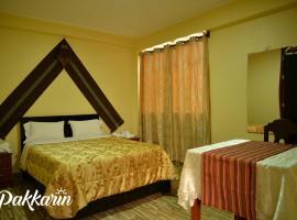 Pakkarin-Hotel Cochera