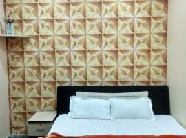 Hotel Zamarrud Palace