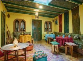 达尔阿尔迪酒店, 舍夫沙万
