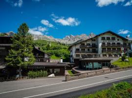 TH San Pellegrino - Monzoni Hotel