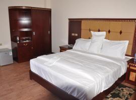 Paradise hotel, Debre Mark'os