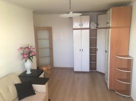 Apartment on Narodnogo Opolcheniya