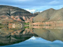 Cabañas en Lago Puclaro / Windsurf