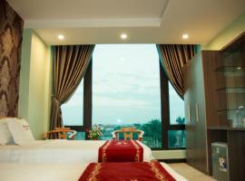 Khách sạn Hoàng Lê, Lạc Thành