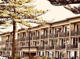 鹦鹉螺酒店