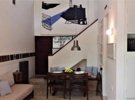 Design Maisonette, 1 Min walk from the Beach