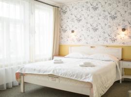 瓦纳里那酒店, 库雷萨雷