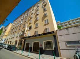拿破仑酒店