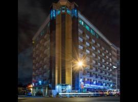 拉法莱斯酒店, 杜阿拉