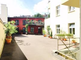 Appartement mit Balkon im Hinterhof