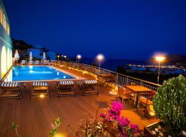 凯斯亚度假酒店, 阿齐亚·佩拉加·基西拉