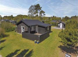 Three-Bedroom Holiday Home in Hadsund
