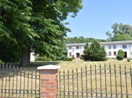 Altes Bauernhaus / Gartenblick