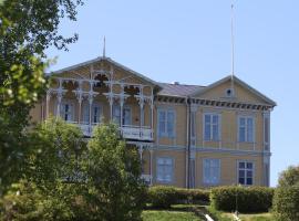 The Mansion of Filipsborg, 卡利克斯