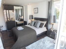Prestwick Suites Luxury Apartment