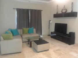 Villa deluxe rent & sale