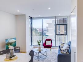 Brand new 3 bedrooms next to the largest shopping mall