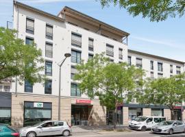 里昂维萨舒适城市公寓式酒店