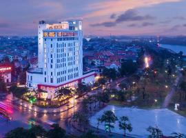 X2 Vibe Viet Tri Hotel, Làng Tiên Cát (Phu Tho附近)