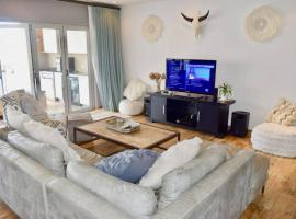 3 Bedroom House in Bantry Bay