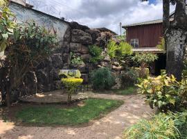 Beehive Kraal, Maua