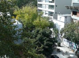 2292 Avenida Dorrego
