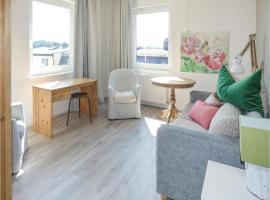 Three-Bedroom Apartment in Selb