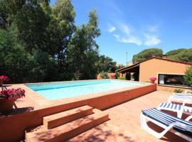 Frejus Villa Sleeps 6 Pool