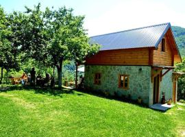 Kraljska koliba - Kralje's Cottage, Andrijevica