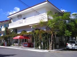卡琳和尼科斯酒店, Iraion (Agathonisi Island附近)