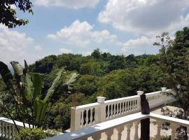 Brixcel Farm, Pantay